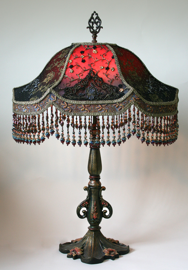 http://www.nightshades.com/images/lamps/1491_full.jpg